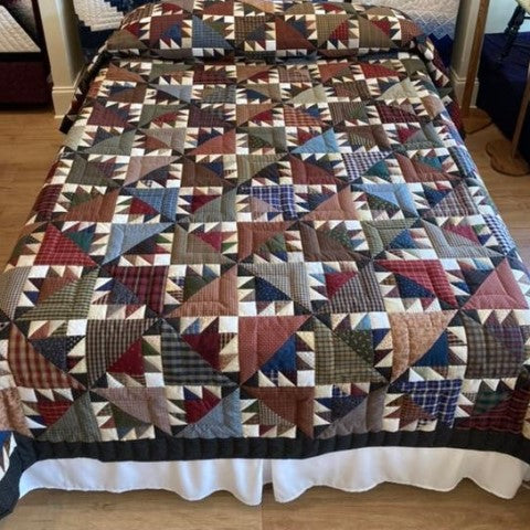 Bear Claw Queen Size Quilt