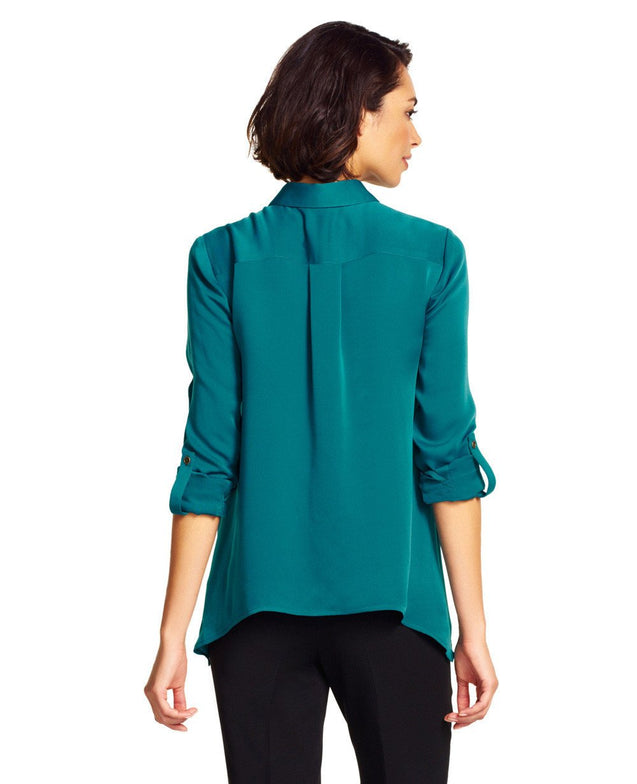 Relaxed Cutout-Back