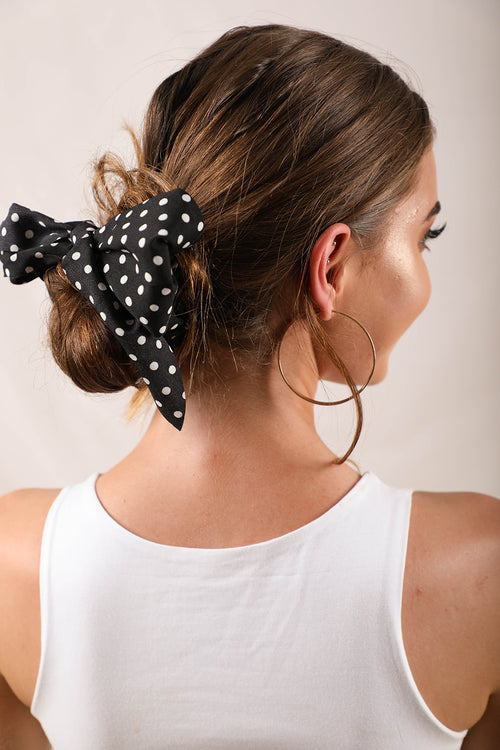 black and white spotty scrunchie