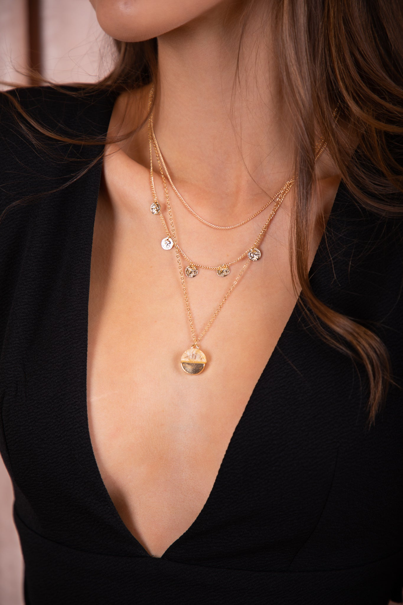 3 tiered gold pendant necklace
