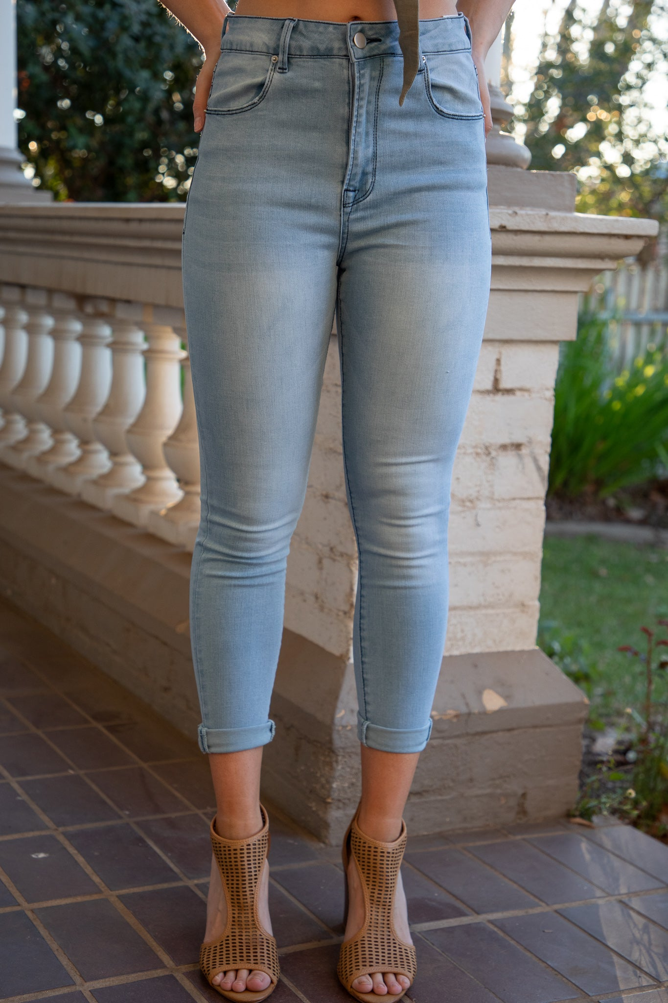 high waist light blue refuge denim jeans