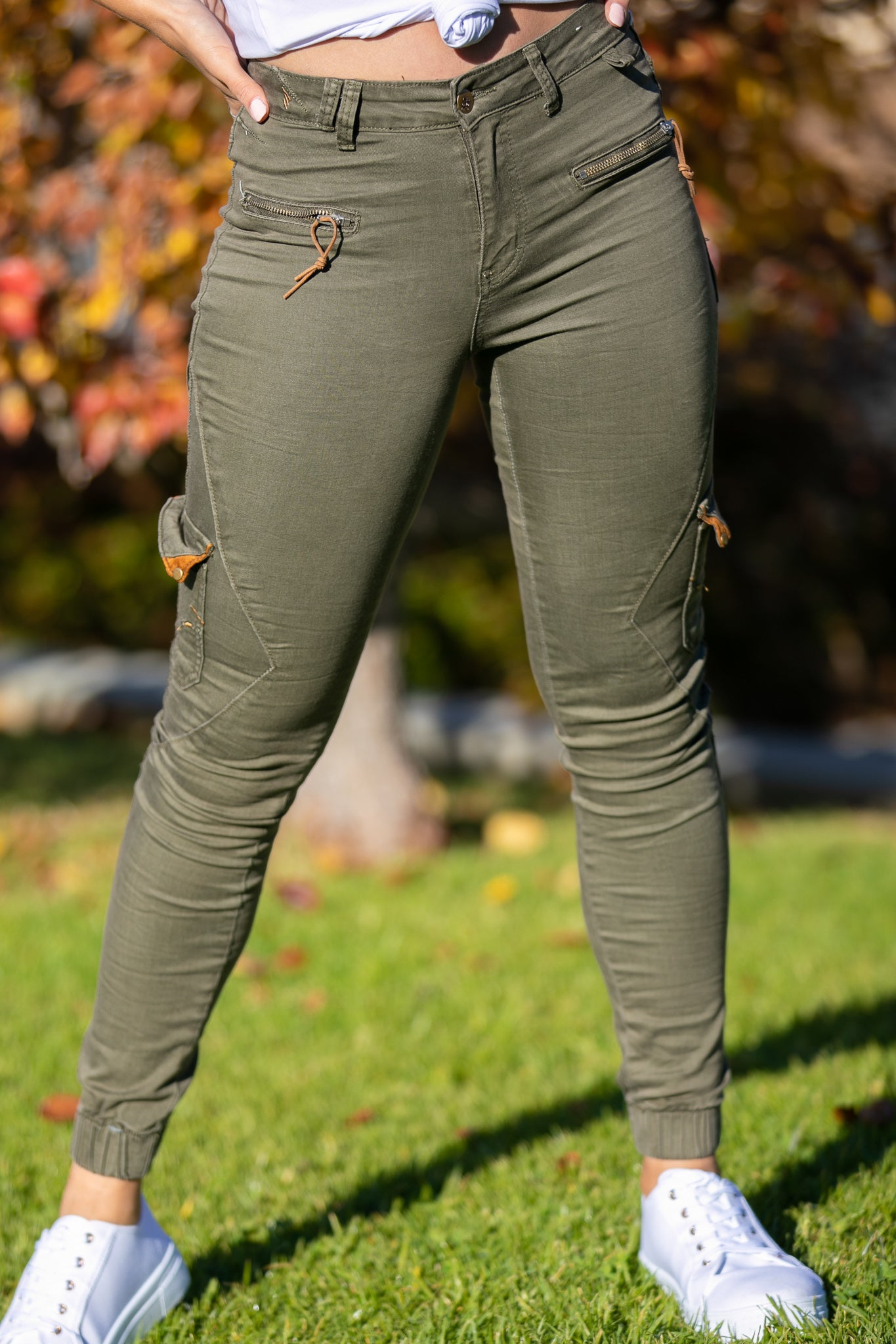 Ruby Jogger Pants in Khaki