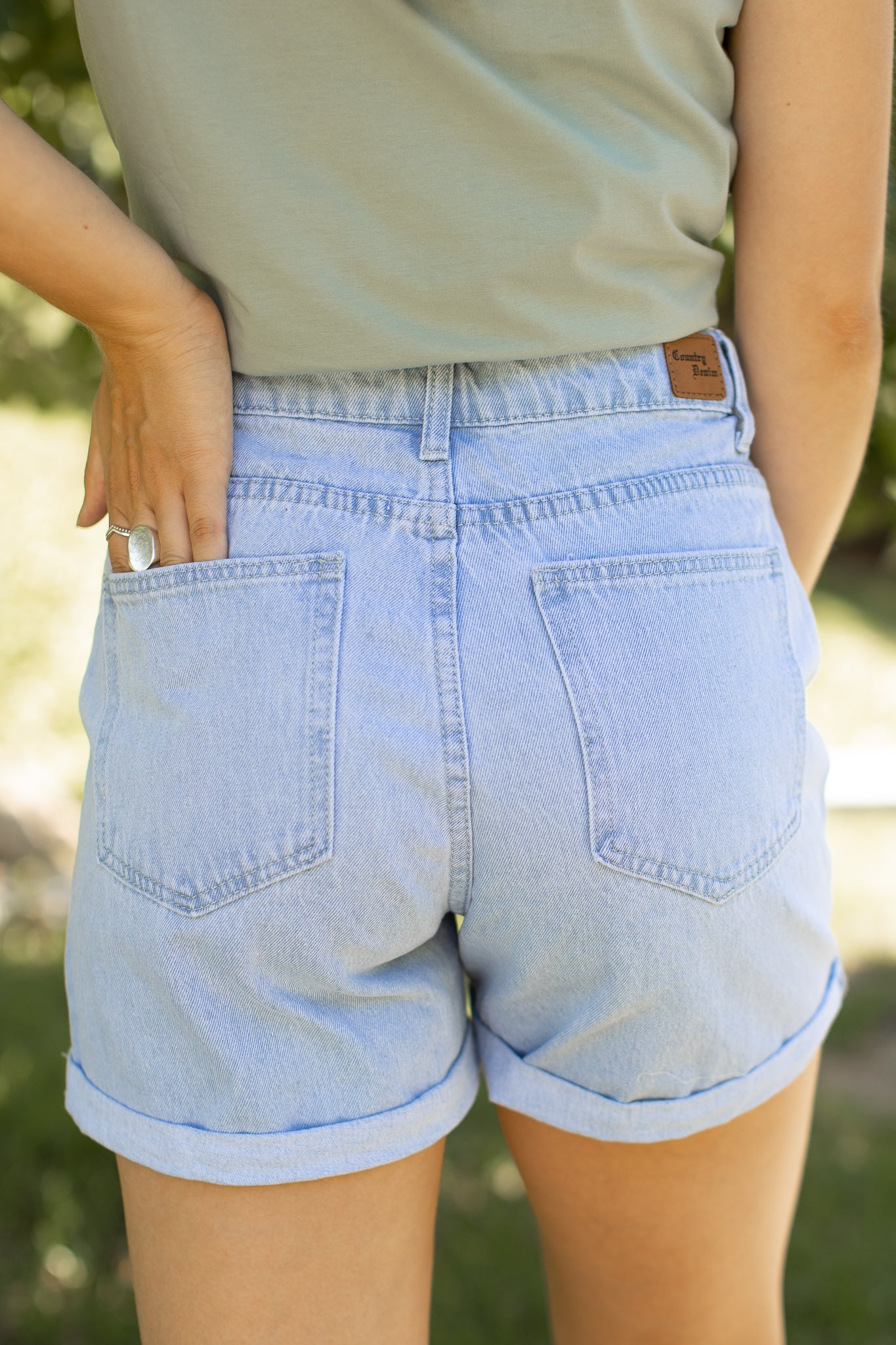 Joey Shorts in Light Denim