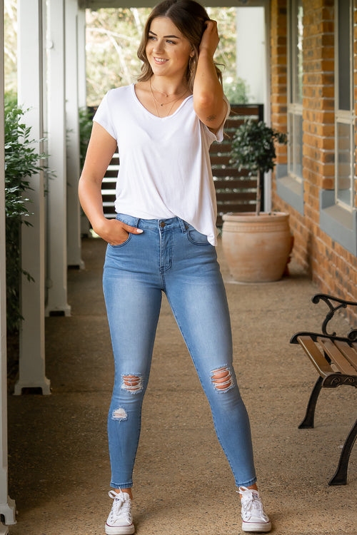 Anka Jeans in Light Denim