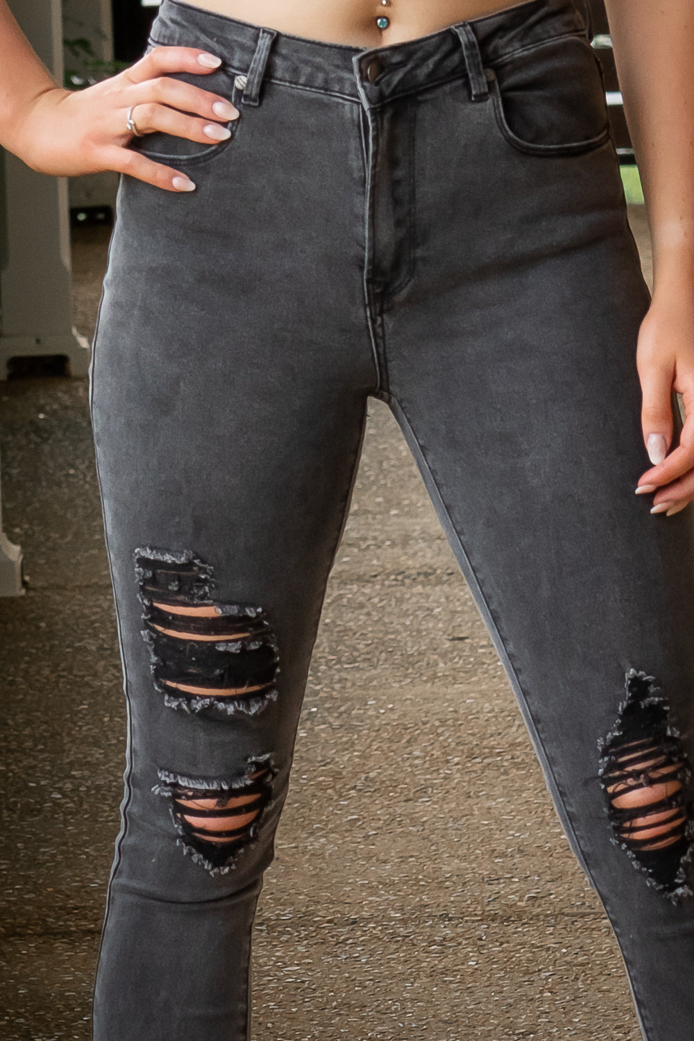 Taron Jeans in Black Wash