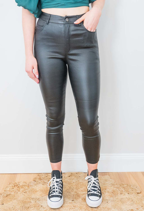 Tora Jeans in Black
