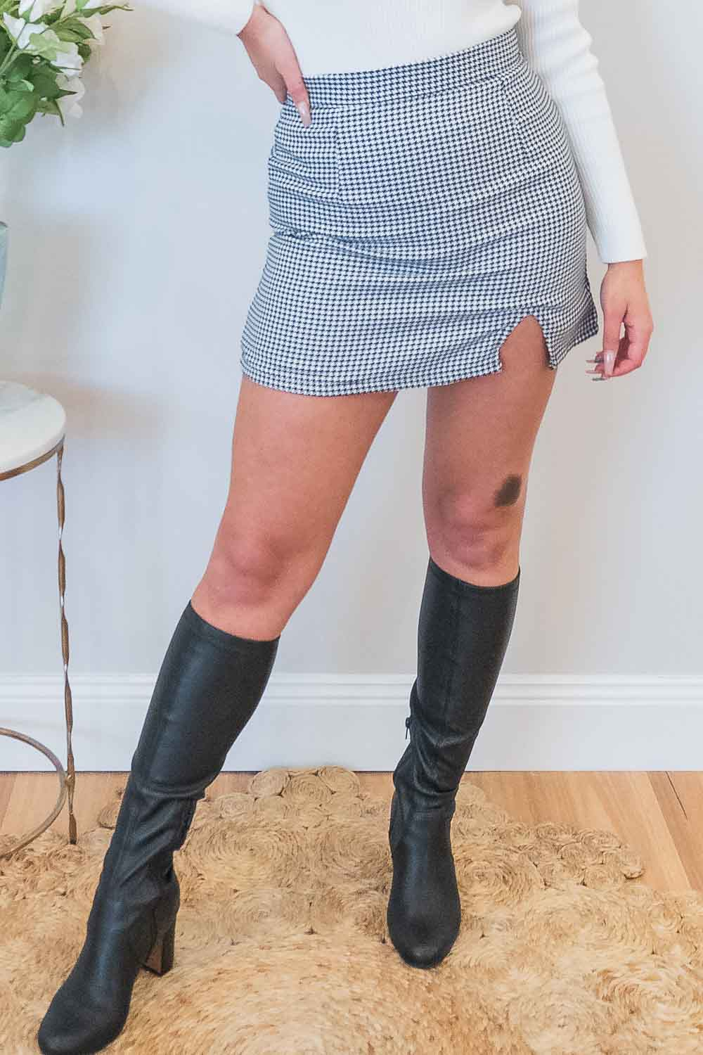 Indy Skirt in Black