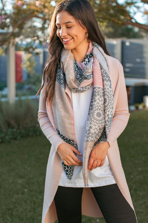 Lila Scarf in Blush