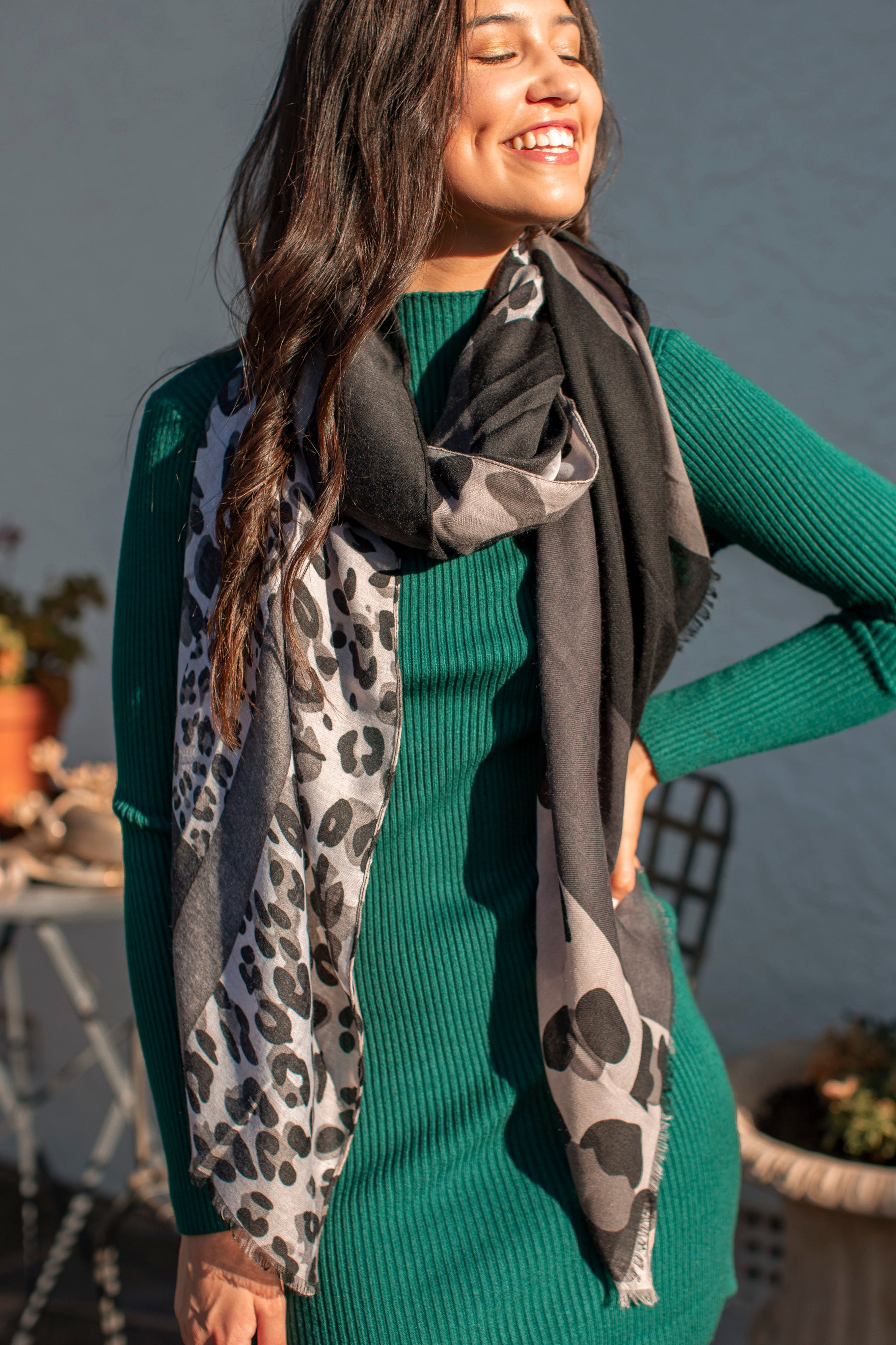 Steffie Scarf in Grey