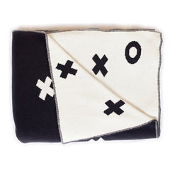 Le Edit XO Reversible Cot Blanket - Black & White