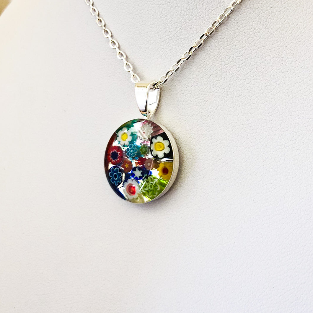 Millefiori Murano millefiori and resin mosaic small round pendant 18-20mm