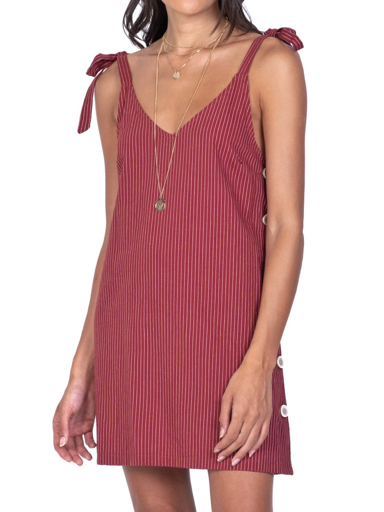 SLEEVELESS V-NECK DRESS (4682454204500)