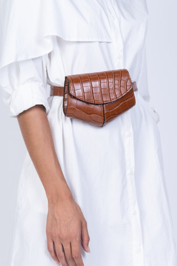 LEATHER BELT BAG-BROWN
