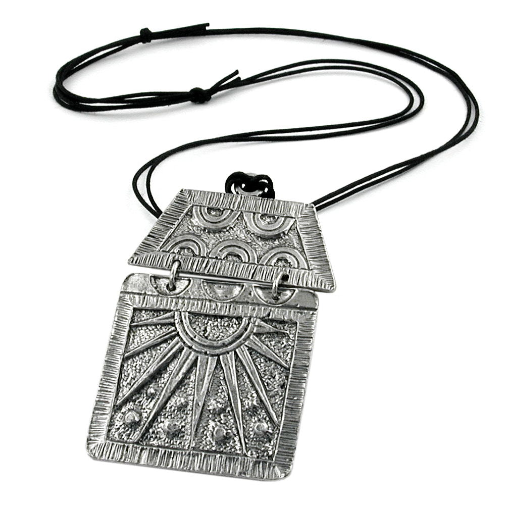 necklace pewter pendant