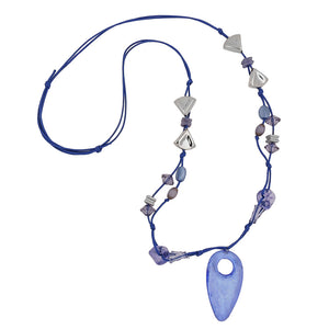 necklace blue and crome-finished beads