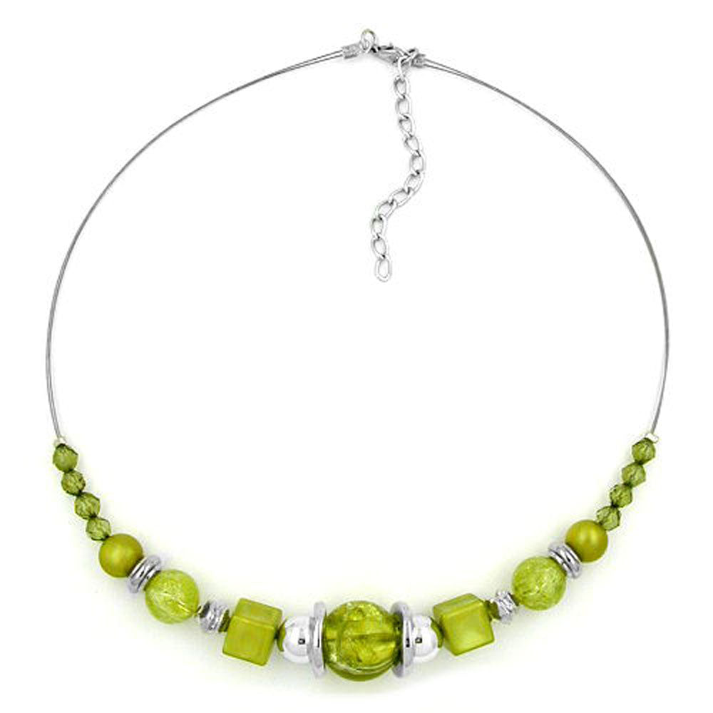 necklace light green beads chrome coloured