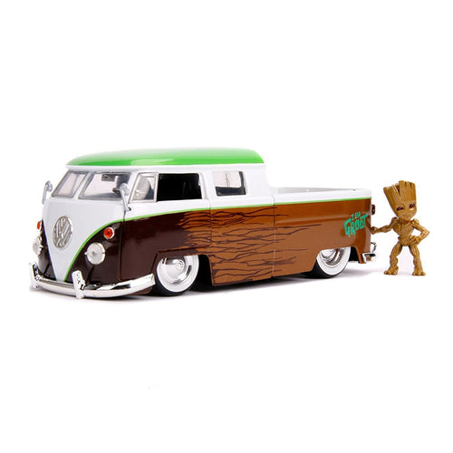 VW 1963 Microbus with Groot Figure 1/24 Die Cast