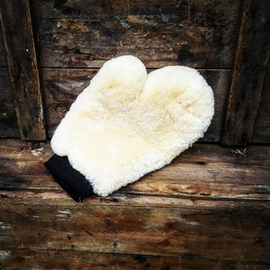 AP luxury lambswool wash mitt