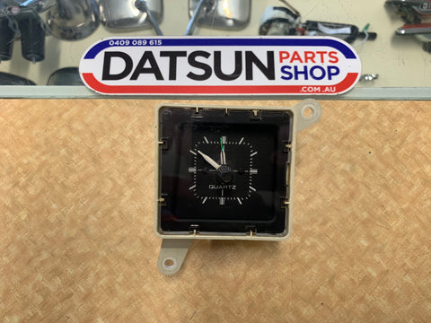 Datsun Stanza Clock Used Tested & Working PA10 Nissan