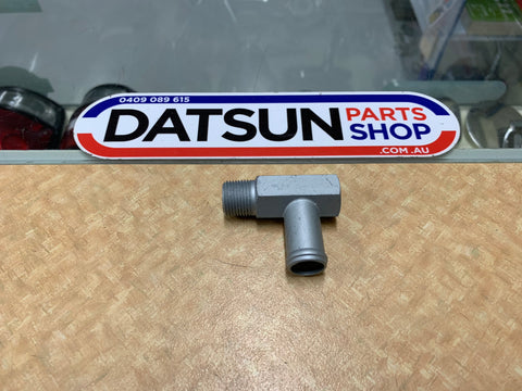 Datsun Nissan L Series 4 cylinder Head Water Fitting New Genuine
