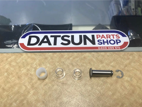 Datsun Nissan Gear Stick Bush & Pin Kit New Genuine