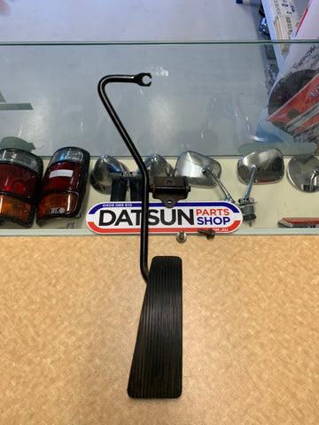 Datsun 910 Bluebird Throttle Pedal Used