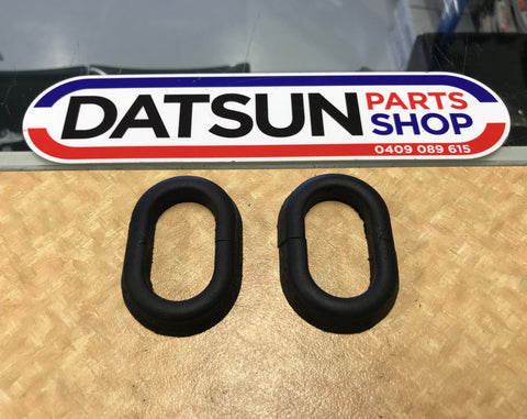 Datsun 1200 Bonnet Hinge Rubber Seal Pair New Genuine