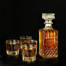 Personalized gift decanter, Groomsmen Gifts - CustomizationMart