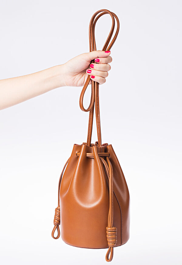 DRAWSTRING LEATHER PURSE