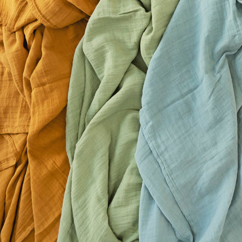 Solid colour blankets