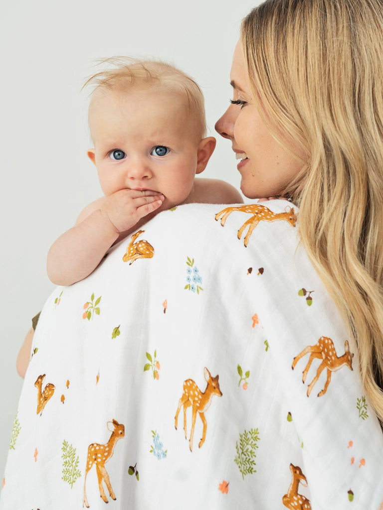 Fawn baby cuddle blanket cotton muslin | Little Blue Nest