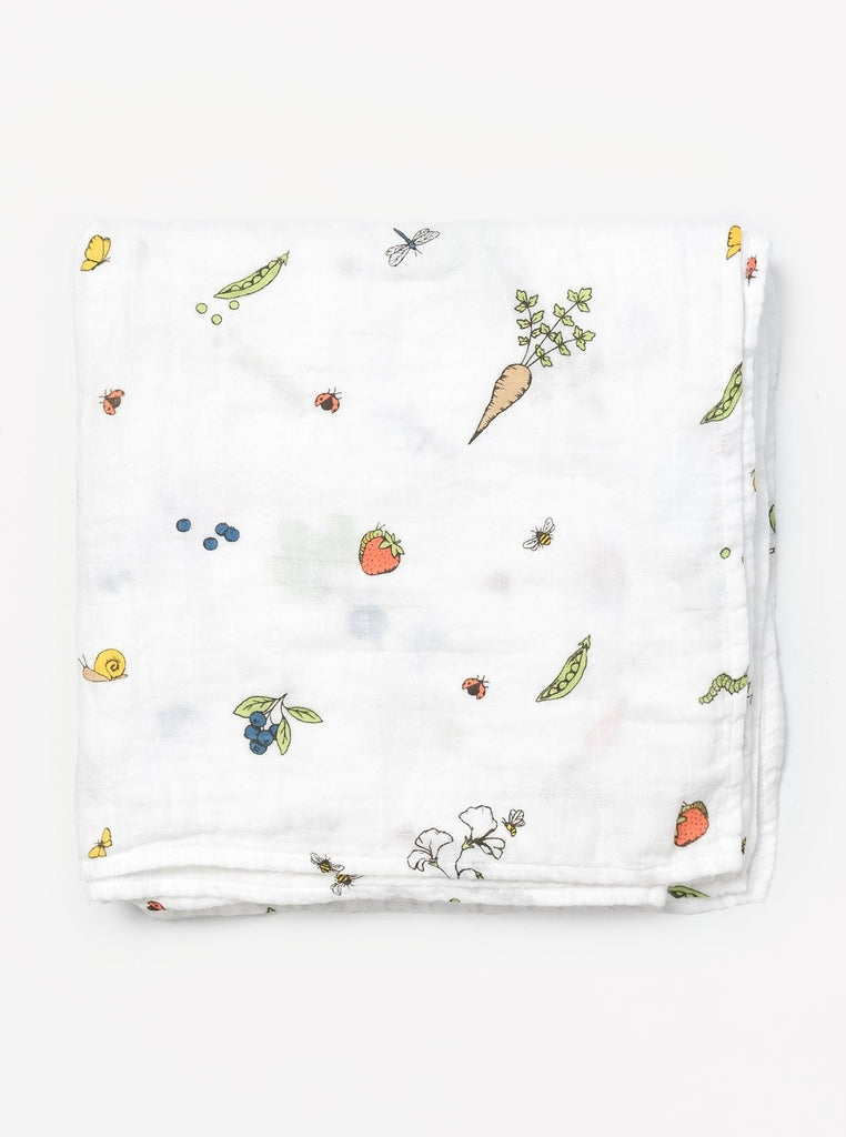 Organic cotton muslin swaddle blanket - In the garden pattern