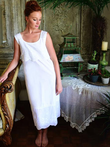 Sleeveless Ladies Nightdress