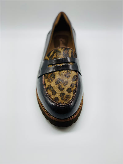 Earthie Braga Loafer