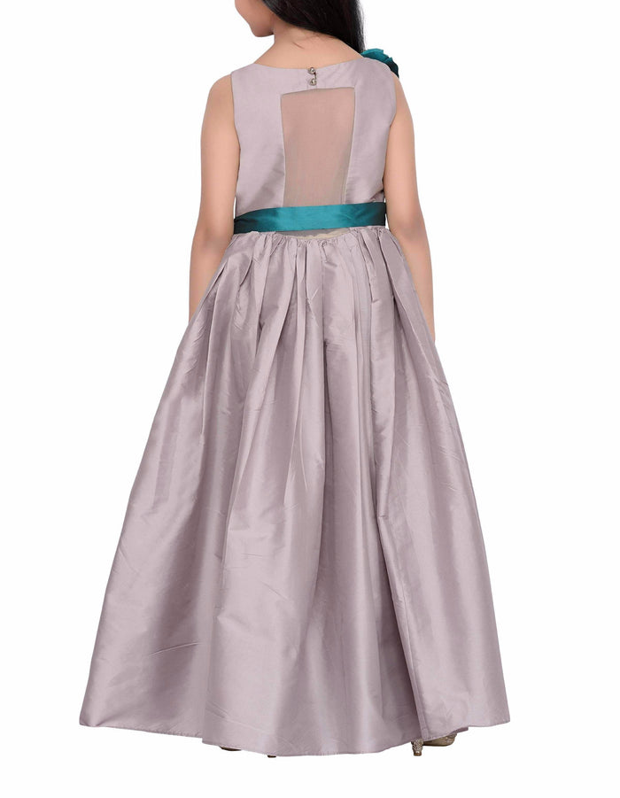 K&U Girls' Grey Gown Gowns K&U