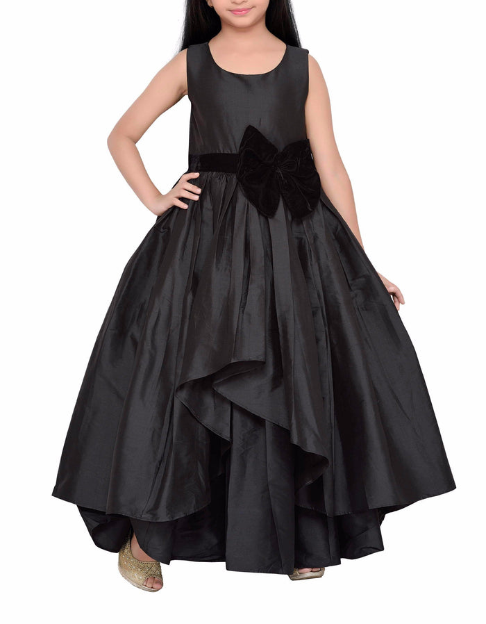 K&U Girls' Black Gown Gowns K&U