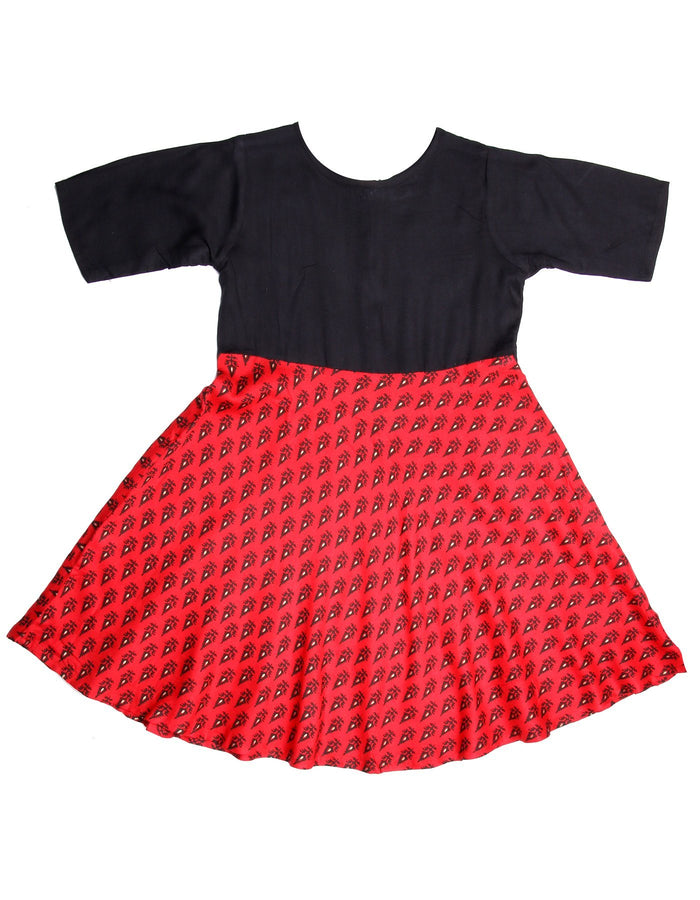 [product_code],K&U Girls' Red & Black Block Printed Rayon Kurti ,Kurti - Sitaarey