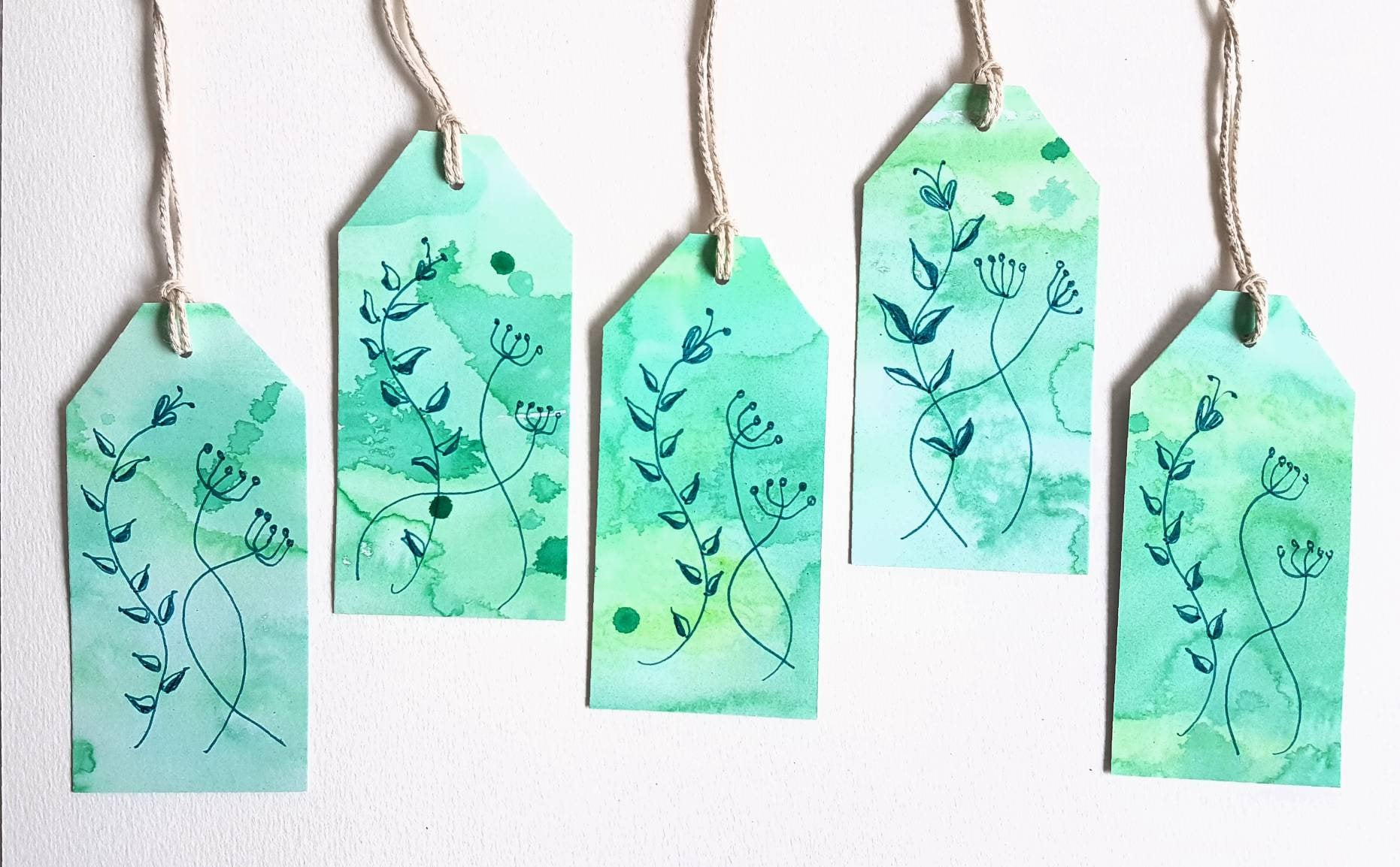 greenery gift tag sets, modern floral collection by Minnie&Lou, Melbourne Australia