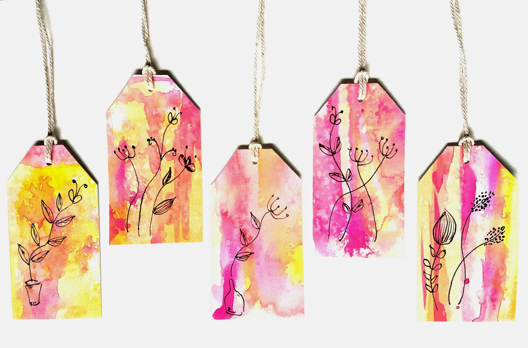 Bright Modern Floral Gift Tags by Minnie&Lou