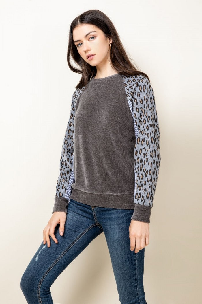 Leopard sleeve raglan top