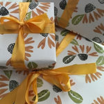 Pretty Flours Wrapping Paper - Black Eyed Susans