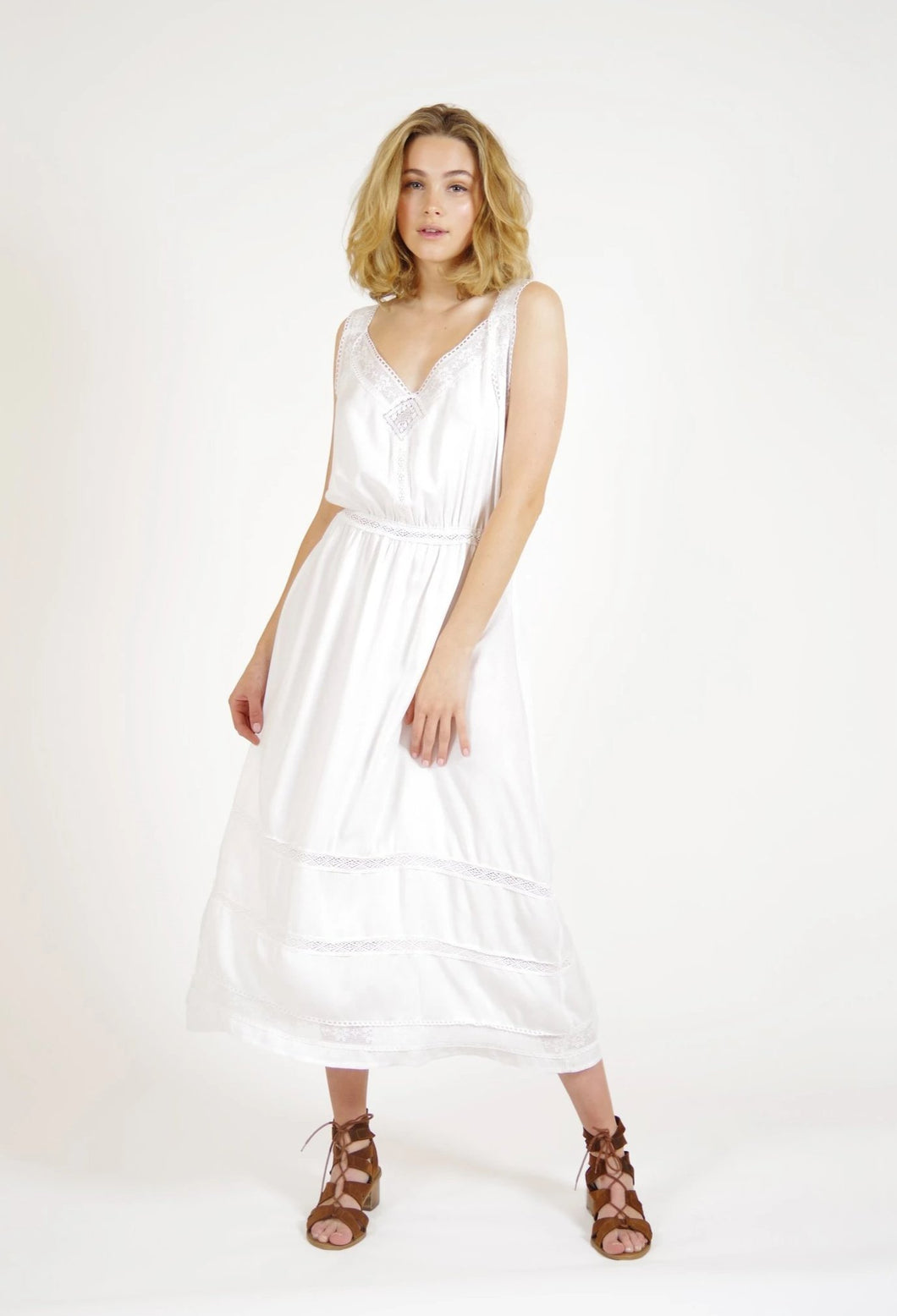 lace, white dress, online, fashion, buy, vintage inspired, melbourne