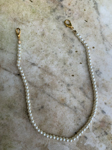 face mask pearl chaine, gold, eyes on floyd, melbourne