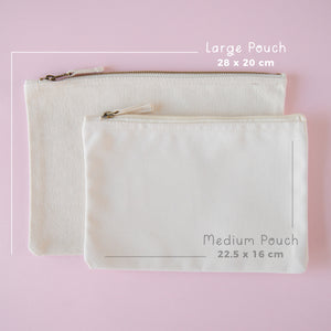 Dimensions of the medium and large natural pouches on a pink background.