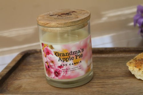 Grandmas Apple Pie - Soy Candle with   Apple Cinnamon and Vanilla bake notes - Factoh