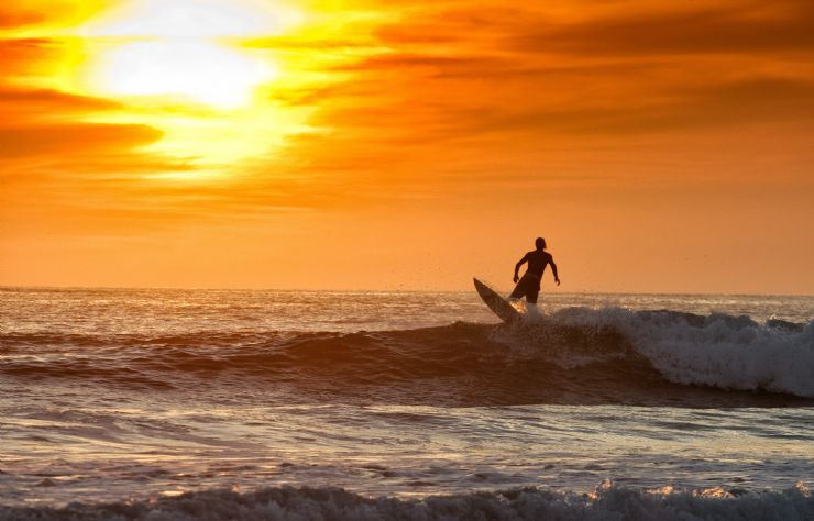 Six Surfing Tips for Rookies