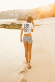 srchr crop tee woman girl beach summer