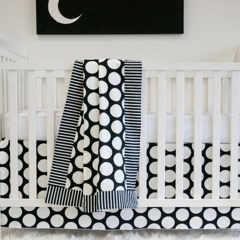 black and white big dot baby bedding set with moon artwork