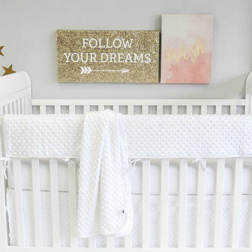 white bubble minky chenille crib set with blanket rail protector sheet on white crib with blush pink art