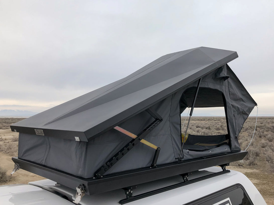Stealth Hard Shell Roof Top Tent